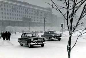 Почему в СССР все ездили на летней резине и летом, и зимой?