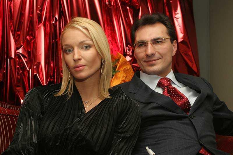 Российские знаменитости-разлучницы, которым развод вернулся бумерангом