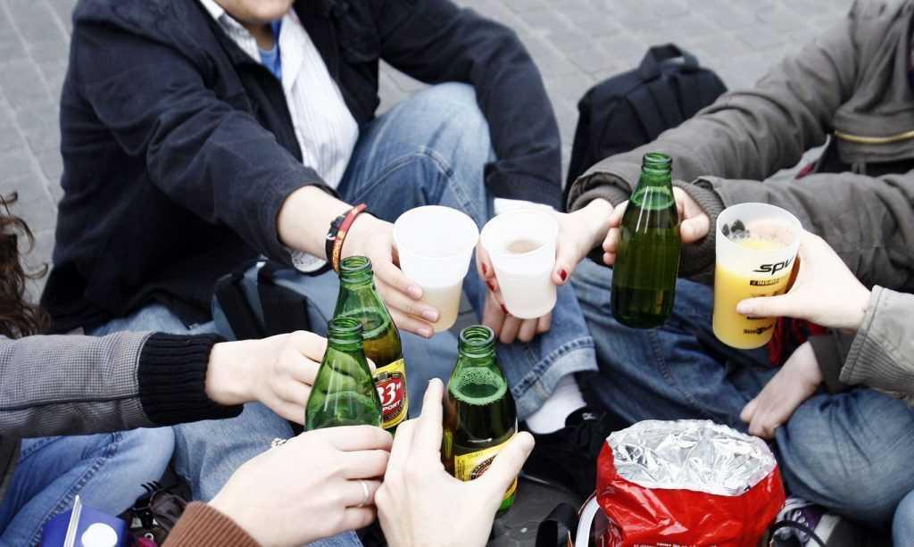 В Татарстане зафиксировано 4 случая детского отравления алкоголем за январь