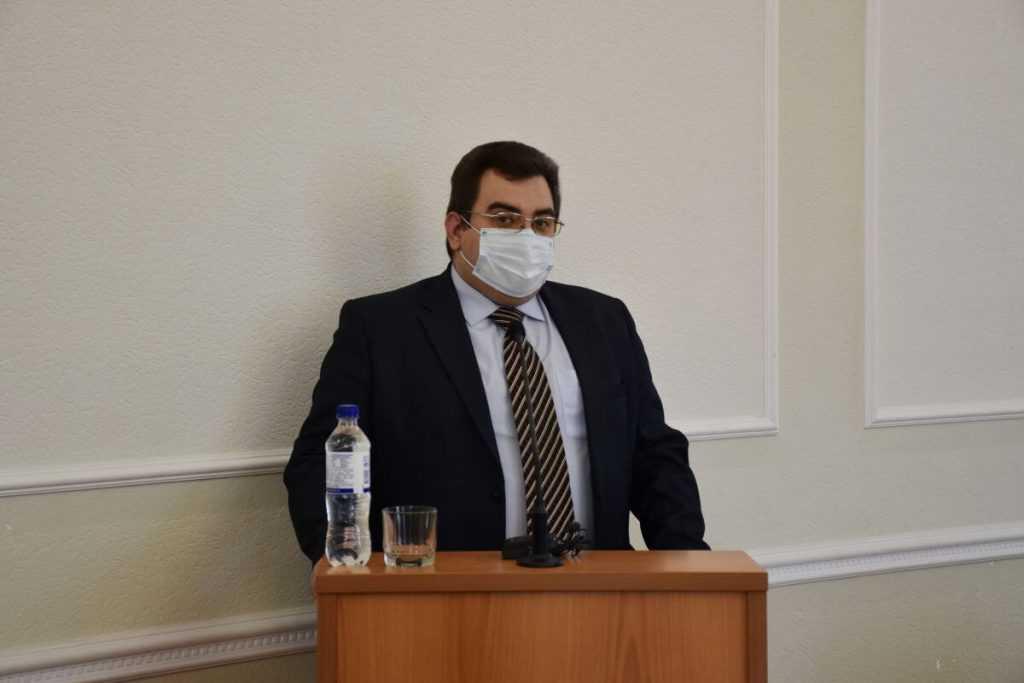 Чиновника из Орловской области удивило нежелание людей работать за 15 тыс.руб.