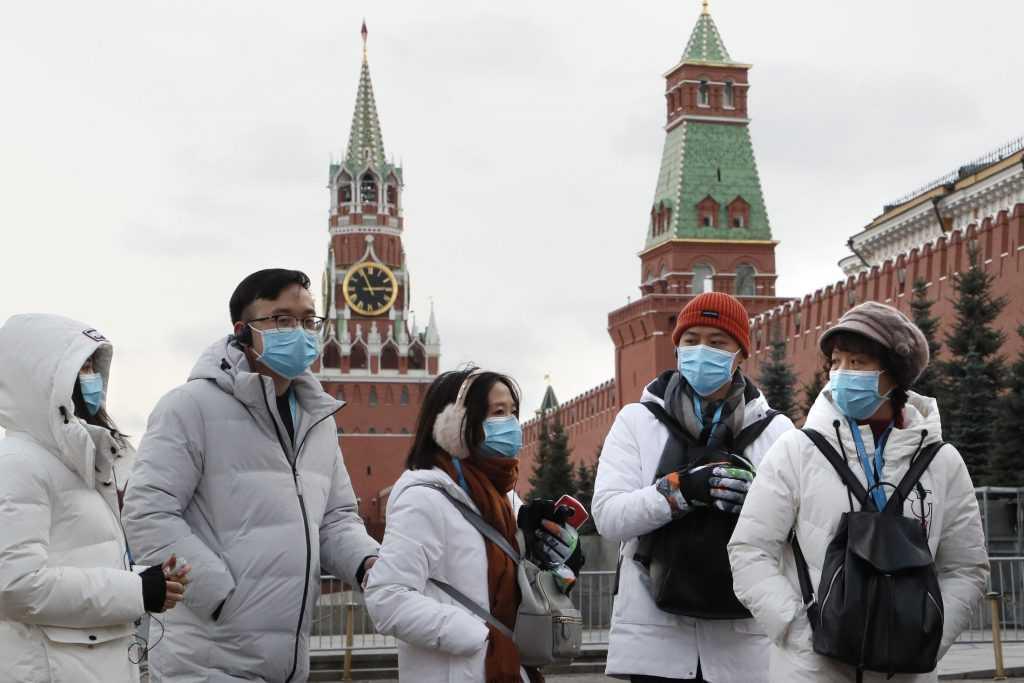 В Кабмине разрешили иностранным гражданам вернуться в Россию