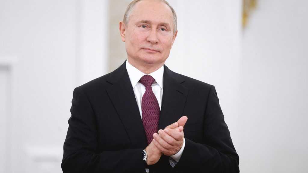 Госдума приняла закон о президентских сроках