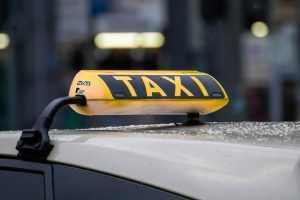 Россиян предупредили о возможном подорожании услуг такси