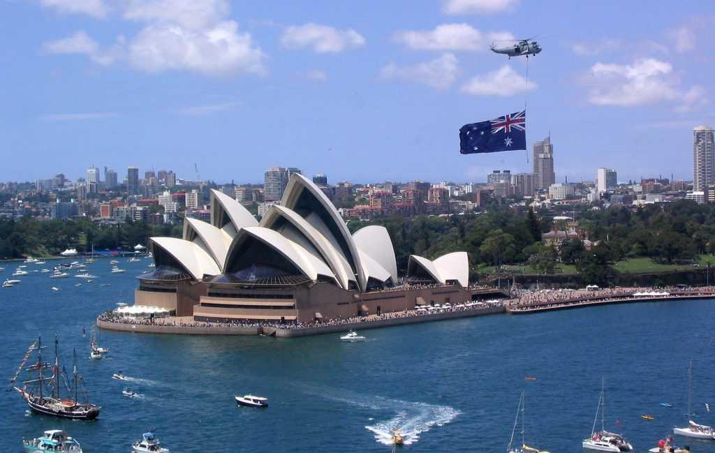 Власти Австралии ввели санкции против РФ за строительство Крымского моста