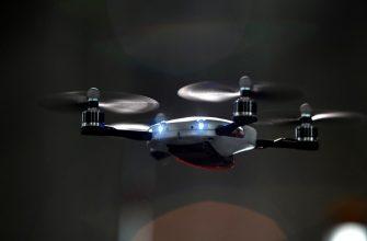 Российские военные получат на вооружение дроны, летающие роем
