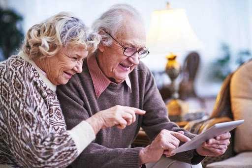 Названы категории пенсионеров, которые могут претендовать на доплату к пенсии