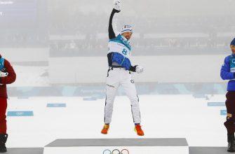 Александр Большунов расплакался из-за бронзовой медали