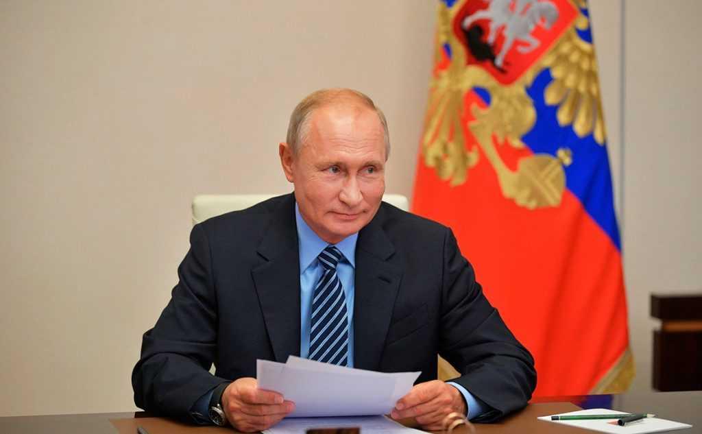 Владимир Путин назвал российские вакцины лучшими в мире
