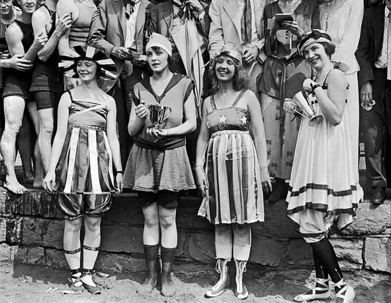 Спущенные чулки: мода начала 20 века