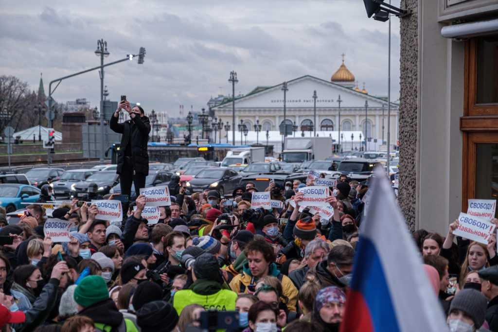 122 иностранным гражданам на 40 лет запретили въезд в Россию за участие в протестах
