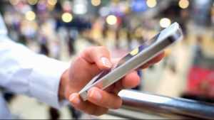 Эксперты считают, что предустановленное российское ПО передает данные пользователей за рубеж