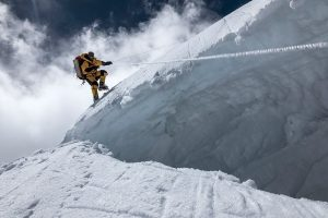 Три альпиниста из России пропали в Гималаях