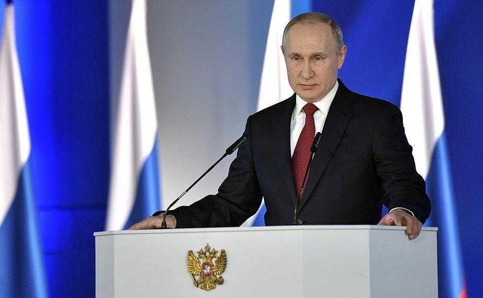Выходные в России будут с 1 по 10 мая