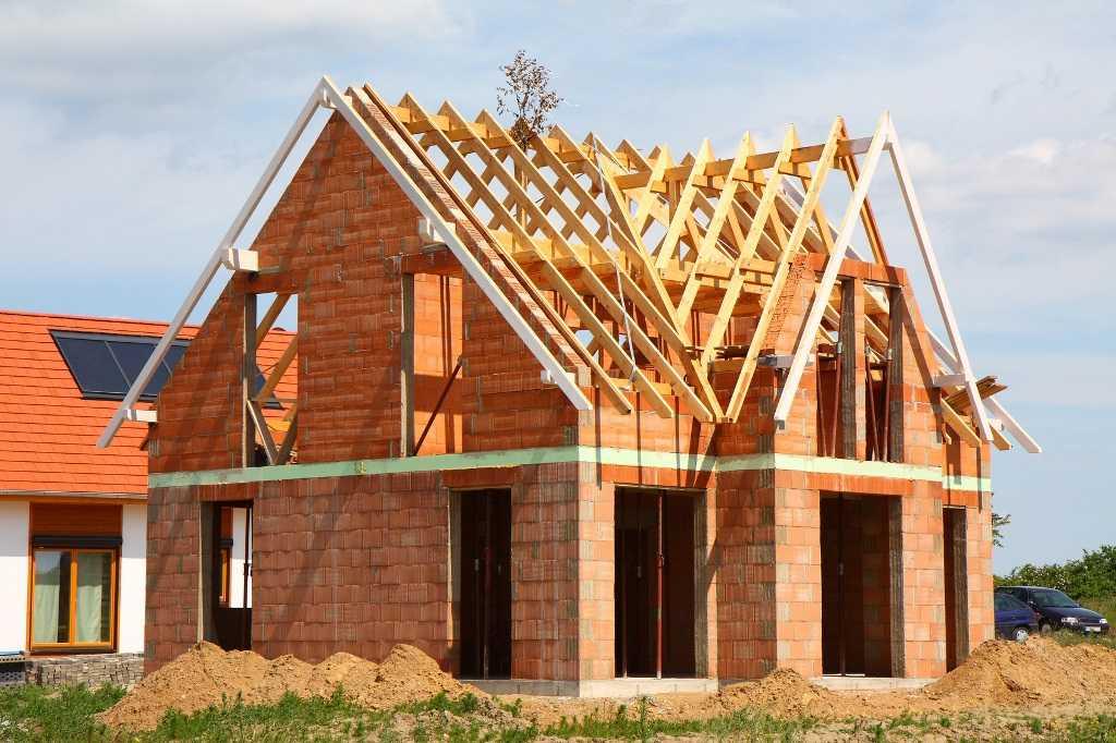 Семьям с детьми будут давать льготную ипотеку на строительство дома