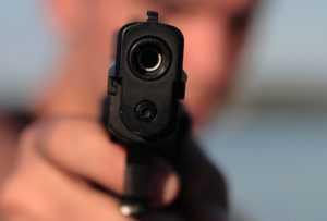 В Дзержинске неизвестный выстрелил в лицо ребенку