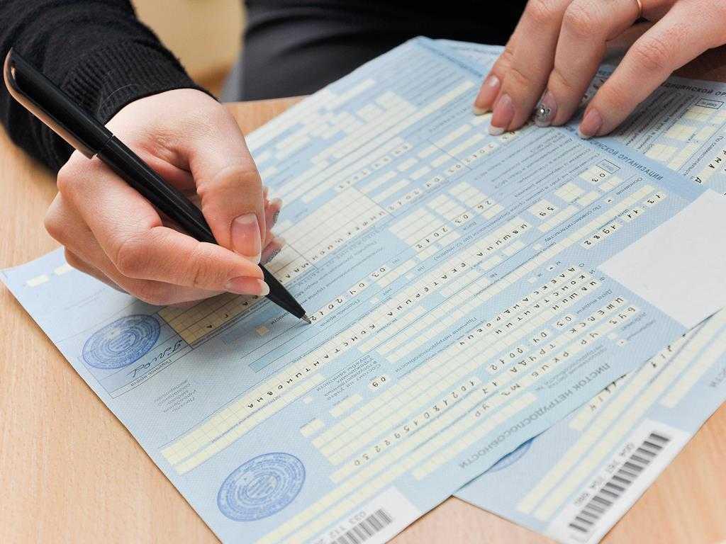 «Единая Россия» предложила полную оплату больничных родителями дошкольников