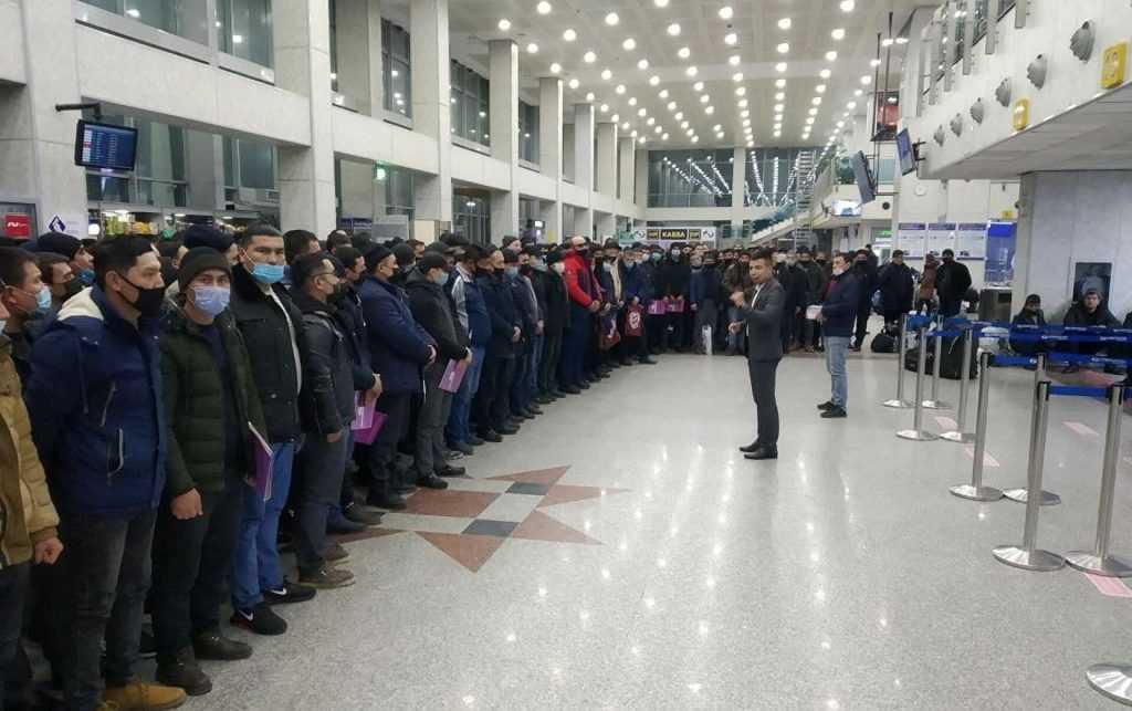 Число россиян, недовольных мигрантами, существенно выросло