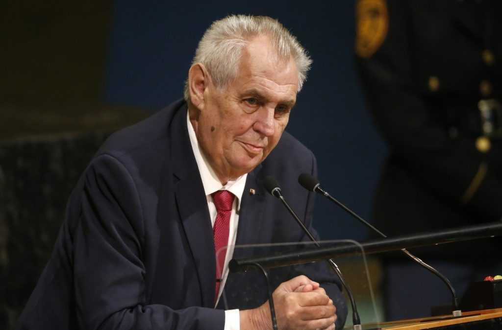 Президент Чехии планирует экстренное обращение