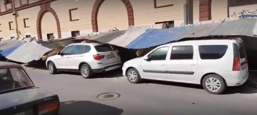 Сразу 8 человек лишились своих машин в центре Петербурга