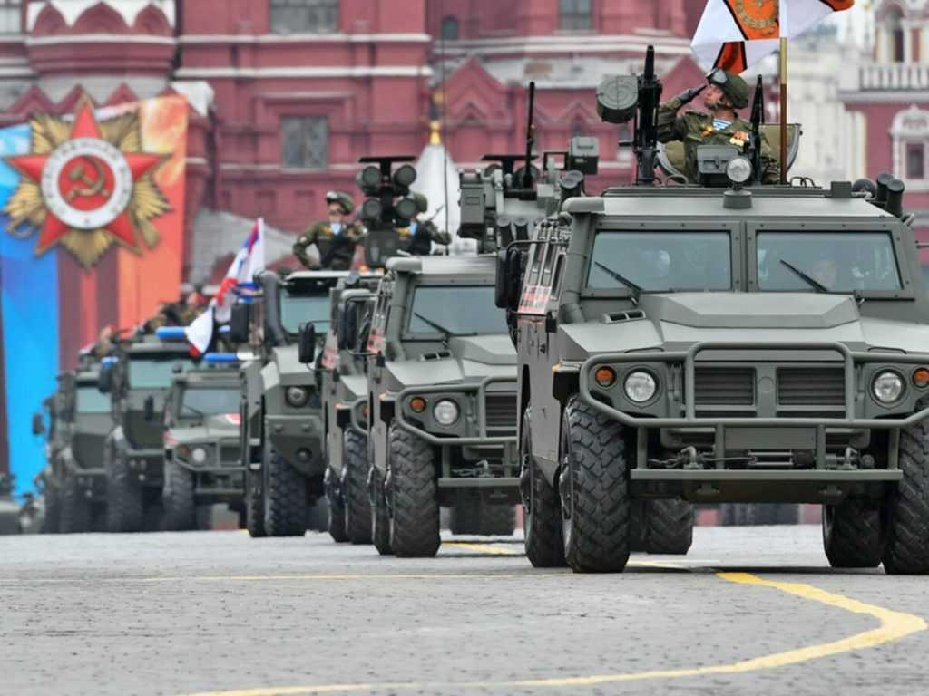 К Параду Победы военную технику передислоцируют в столицу