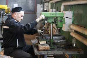 Володин прокомментировал идею замены трудовых мигрантов осужденными