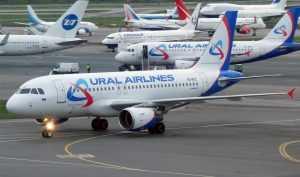 Авиакомпания «Уральские авиалинии» задерживает авиарейсы без объяснения причин