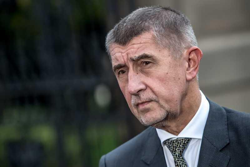 Чехия просит страны Евросоюза выслать по одному российскому дипломату