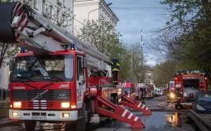 Один человек погиб при пожаре в московской гостинице