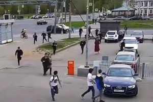 Массовая драка 100 мигрантов с дубинками и арматурой произошла в Санкт-Петербурге