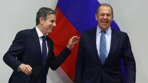 Лавров пошутил про встречу Путина и Байдена