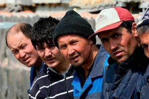 Мигрантам продлят срок пребывания до 90 дней