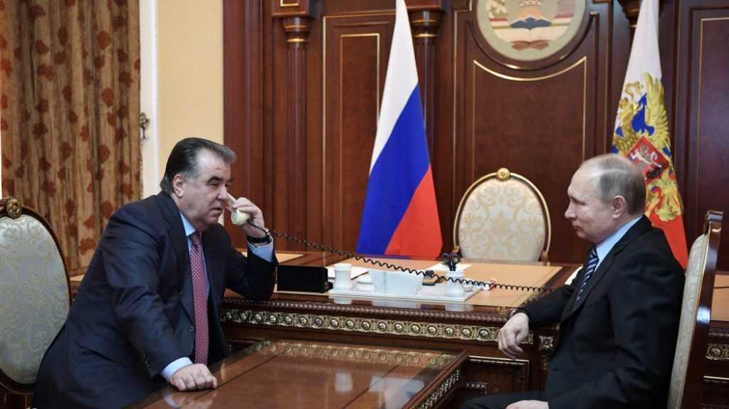 Путин и Рахмон обсудят конфликт между Киргизией и Таджикистаном