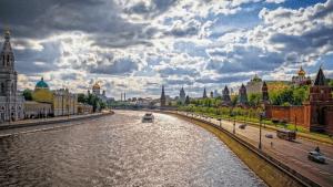 С 10 мая в Москве наступит теплая погода