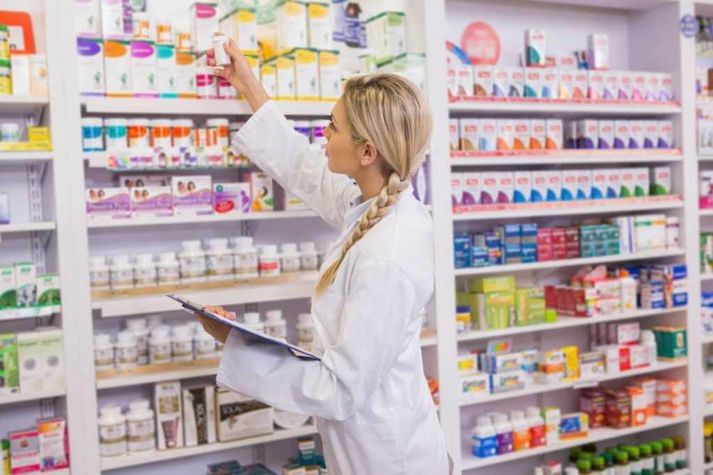 Стало известно, как фармацевты обманывают россиян при покупке лекарств