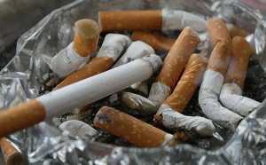 Россияне могут потребовать компенсацию от соседей-курильщиков