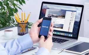 Павел Дуров удалился из соцсети Facebook