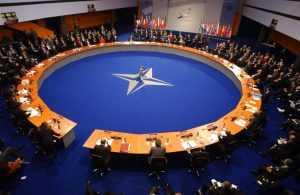 НАТО считает невозможным возвращение к прежним отношениям с Россией