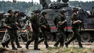 НАТО на учениях в Европе отработала конфликт с Россией