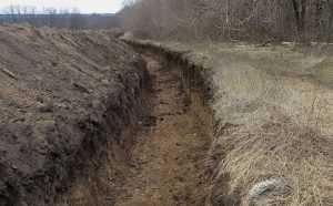 На границе с Россией Украина вырыла 400 км противотанковых рвов