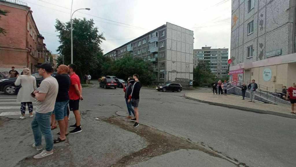 Песков не стал комментировать происшествие со стрельбой в Екатеринбурге