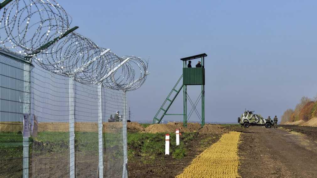 Украина вырыла 400 км противотанковых рвов на границе с Россией
