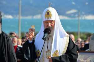 Глава РПЦ пояснил стрельбу в школе Казани
