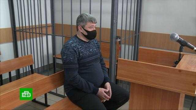 Экс-полицейскому, задавившему «пьяного мальчика», присудили 2,5 года колонии
