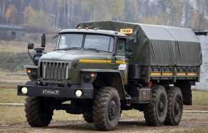 В подмосковной воинской части военнослужащего задавили грузовиком на КПП