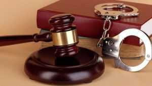 Полицейскому, задавившему «пьяного мальчика», дали 2,5 года колонии