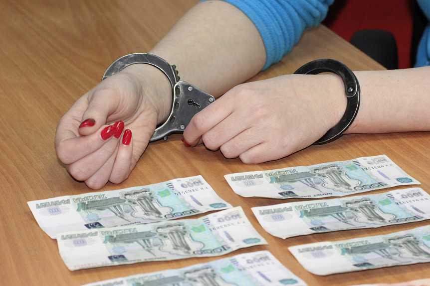 Бывший главный бухгалтер кинотеатра в Судогде обвиняется в растрате 470 тысяч рублей