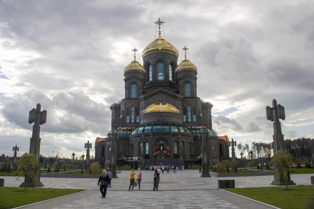 Самым посещаемым храмом в России стал храм Вооружённых сил