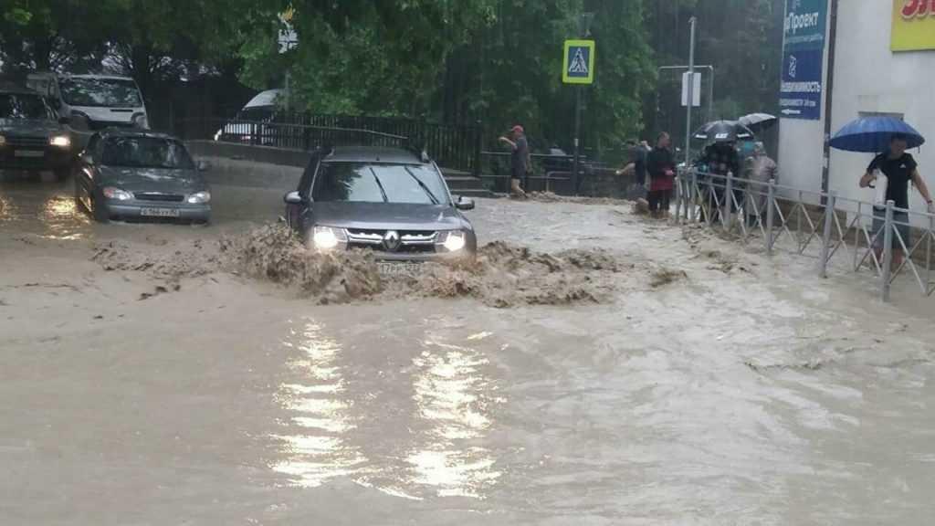 Гидрометцентр оценил риск повторного стихийного бедствия в Ялте