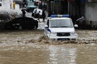 Уже 40 человек пострадало от наводнения в Ялте