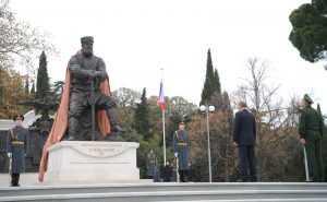 Владимир Путин откроет памятник Александру Третьему под Петербургом